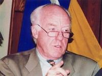 Robert W. Farrand